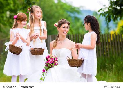Kinder Bei Der Hochzeit Unterhaltung Fur Die Kleinen Gaste