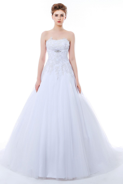 Schmetterling Brautkleid. brautkleid ilona wundersch n bestickt ...